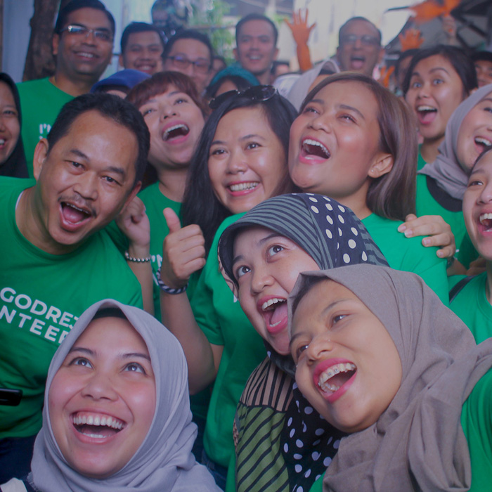 Godrej Indonesia volunteers foster 'upcycling' culture in Condet